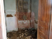 House to retrieve in the Centre of Olhao-2 Division of House 1%13/28