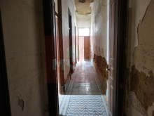 Villa to recover in Olhão Centre-view from the hallway 1%18/28