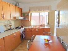 2 bedroom apartment in Pechão-kitchen%6/14