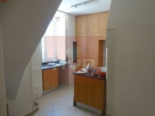 Residences in the historic district of Loulé-kitchen%11/17