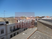 Residences in the historic district of Loulé-cityscape%14/17
