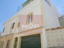 2 bedroom townhouse in Olhao-+1 facade%1/24