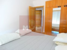 3 bedroom apartment with garage and sea view in Olhao-Room 3%11/15