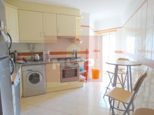 3 bedroom apartment with garage and sea view in Olhao-kitchen%14/15