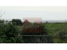 Detached house with land in Quelfes-sea view%10/13