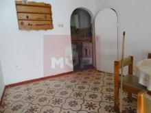 House with yard and garage in Olhao-room%6/14