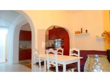 3 bedroom villa with terrace in the Centre of Fuseta-Kitchenette%2/10