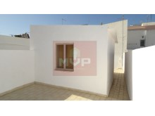 Detached single storey with roof terrace in the Centre of Olhao-roof terrace%19/20