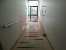 2 bedroom apartment in Olhão Centre parking-entrance building%14/17