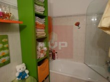 3 bedroom apartment furnished and equipped, in Olhão-WC %6/9