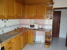 2 bedroom apartment in the Centre of Moncarapacho-kitchen%2/11