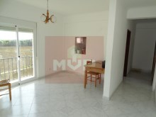2 bedroom apartment in the Centre of Moncarapacho-bathroom%11/11