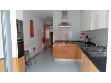 2 bedroom apartment in Village Marina-kitchen%4/11