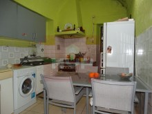 Residences in the Centre of Olhao-kitchen%9/13