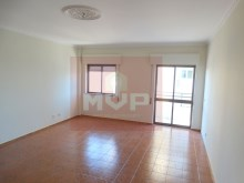 3 bedroom apartment with sea view in the Centre of Olhao-room%8/15