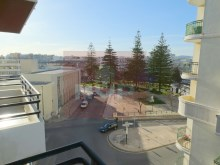 3 bedroom apartment with sea view in the Centre of Olhao-city view%9/15