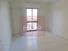 3 bedroom apartment with sea view in the Centre of Olhao-2 bedroom%12/15