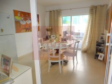 Apartment with sea view in Olhao-dining room%18/22