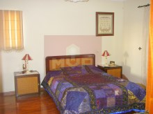 House 4 bedrooms with garage in Olhao-Room 3%11/18