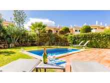 Moradia em Resort na Quinta do Lago%4/26