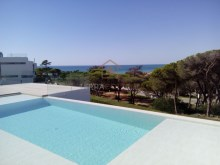 Contemporary Villa, Sea Views, Vale do Lobo%1/8