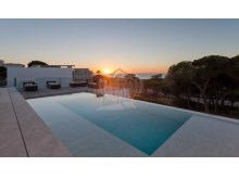 Sea Views Villa in Vale do Lobo (19)%5/26