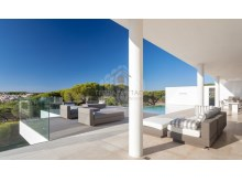 Sea Views Villa in Vale do Lobo (13)%4/26