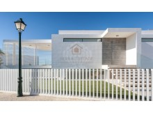 Sea Views Villa in Vale do Lobo (2)%8/26