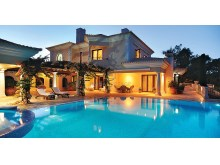 VILLA & SWIMMING POOL%1/10
