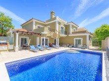 4 BED VILLA NEAR THE BEACH & QUINTA LAGO%1/30
