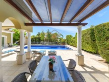 4 BED VILLA NEAR THE BEACH & QUINTA LAGO%2/30