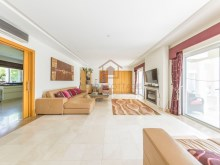 4 BED VILLA NEAR THE BEACH & QUINTA LAGO%9/30