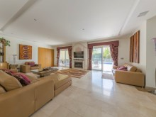 4 BED VILLA NEAR THE BEACH & QUINTA LAGO%10/30