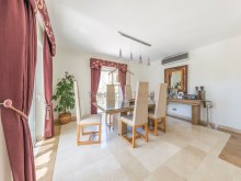 4 BED VILLA NEAR THE BEACH & QUINTA LAGO%11/30