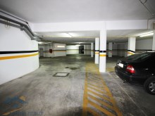 Under ground Parking%11/11