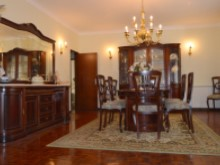 4 Bed Villa in Cadaval - dinning room 2.JPG%3/10