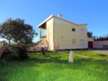 Property in Peniche 04%4/21