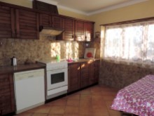 Property in Peniche - Kitchen 2%15/21