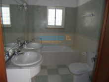 Bathroom%21/21