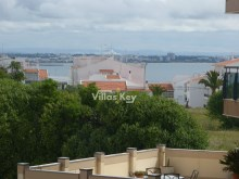 Surprising T5 Apartment with sea view in Lagos%24/26