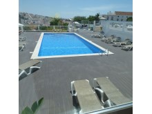 Swimming pool for adults and children%15/22