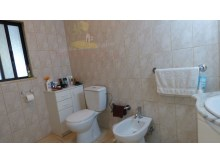 en/suite bathroom%22/73