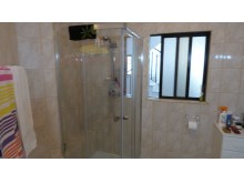 en/suite bathroom%24/73