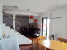 Terraced House › Funchal | 4 Bedrooms | 3WC