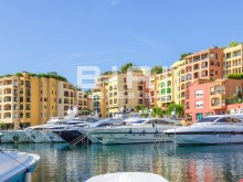 Fontvieille Harbor%4/4