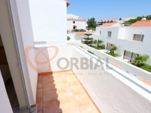 For sale 1 bedroom apartment near the beach in Albufeira%12/15
