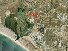Land for sale close to the Salgados Golf Course%1/1