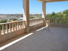 Villa for sale in the Albufeira Marina%2/24