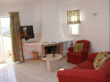 2 bedroom townhouse a few minutes from the Centre of Albufeira%2/14