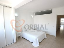 Buy 2 bedroom apartment near the beach in Albufeira%2/14